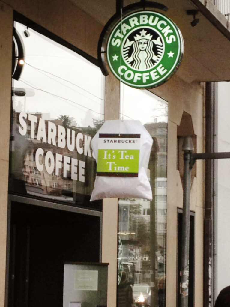 Starbucks - Teebeutel – Raphael Monsch - Art Director - Konzepter - Guerilla Marketing